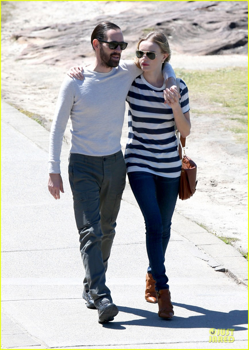 kate bosworth michael polish autralian sight seeing couple 152735741