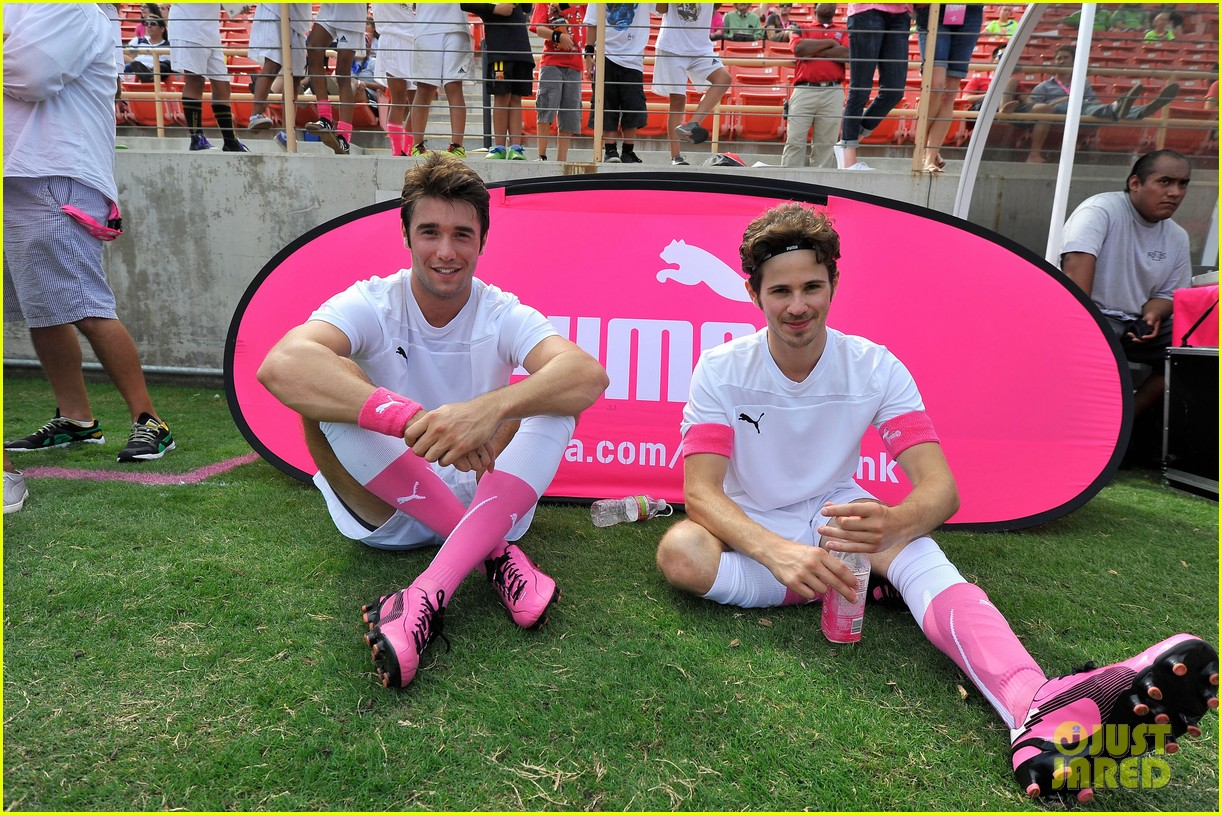 joshua bowman puma pink project initiative 032738664