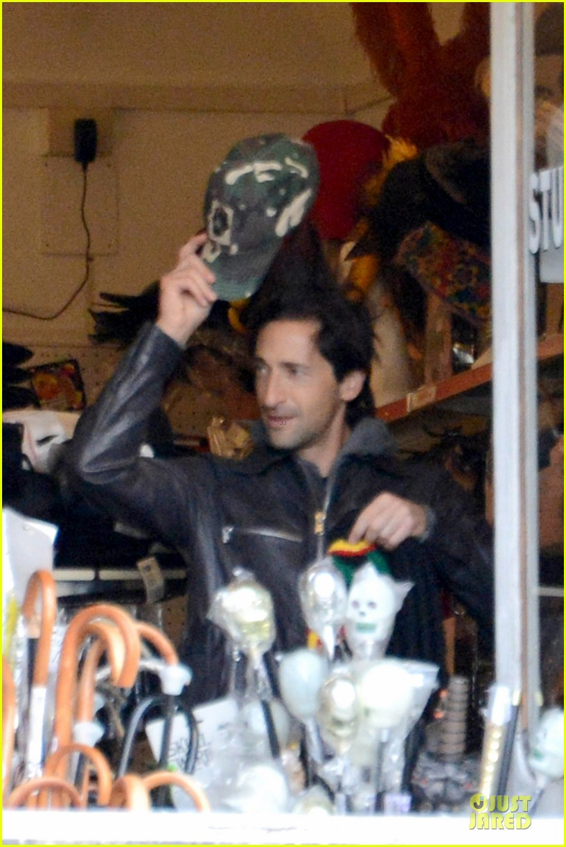 adrien brody halloween shopping in rome 232747326