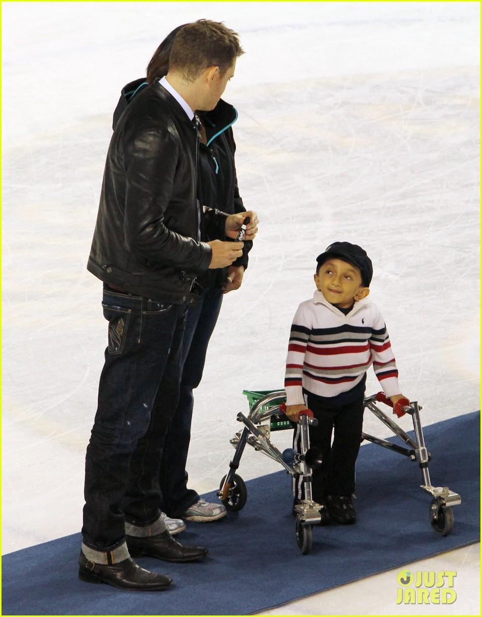 michael buble bieksas buddies charity hockey game 052740699