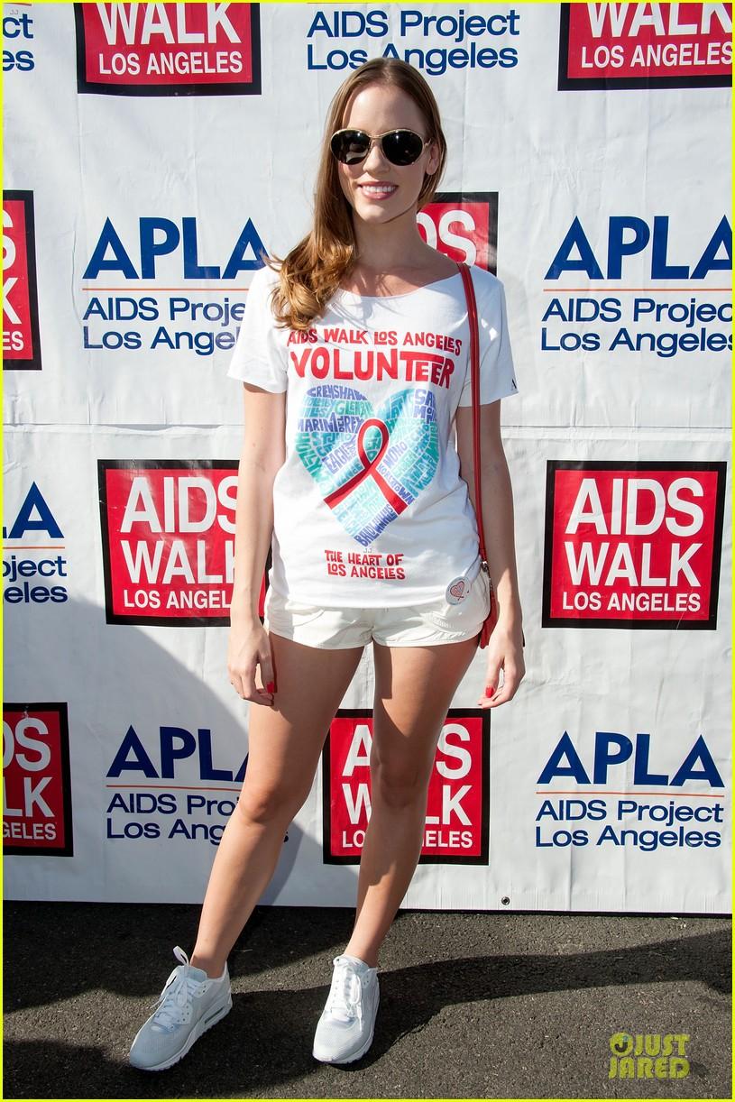 sophia bush christa b allen aids walk 032738174