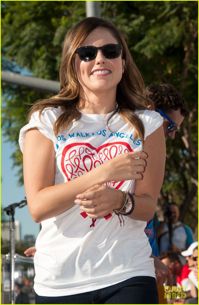 sophia bush christa b allen aids walk 10