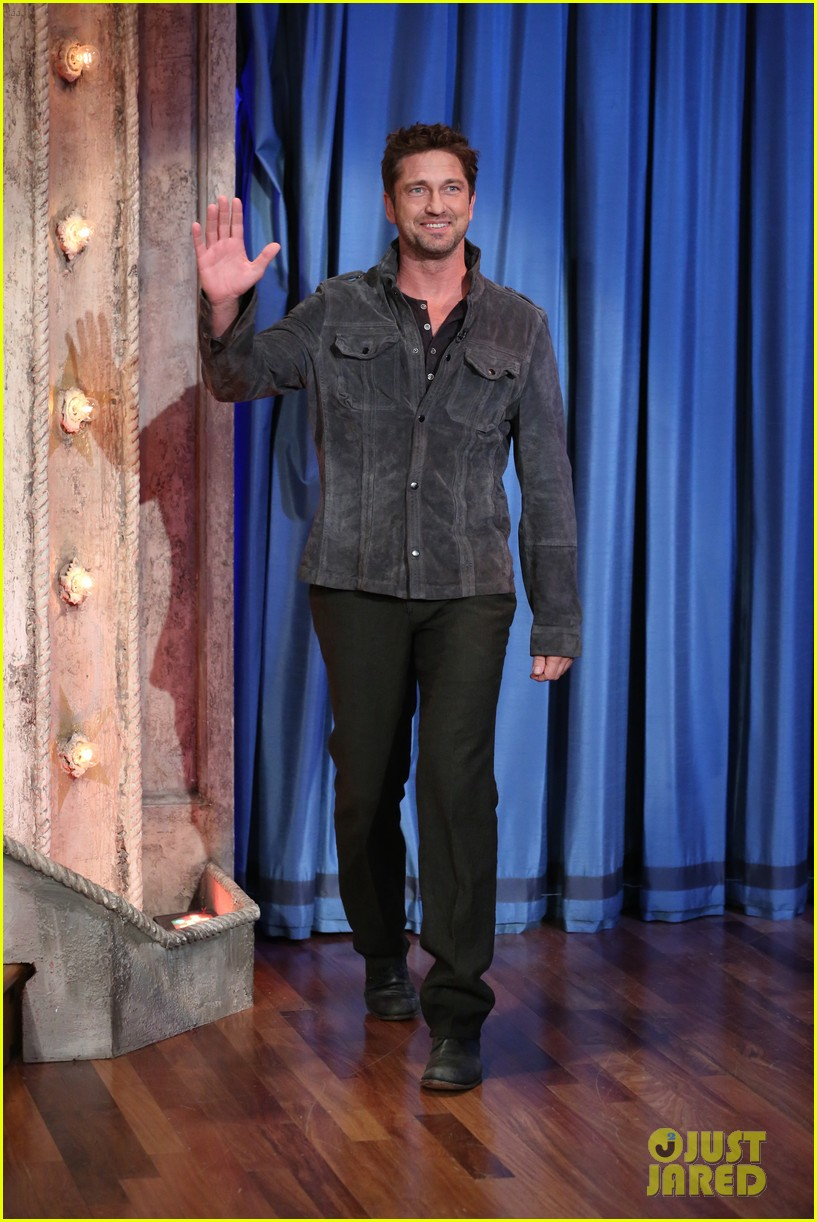 gerard butler late night with jimmy fallon appearance 03