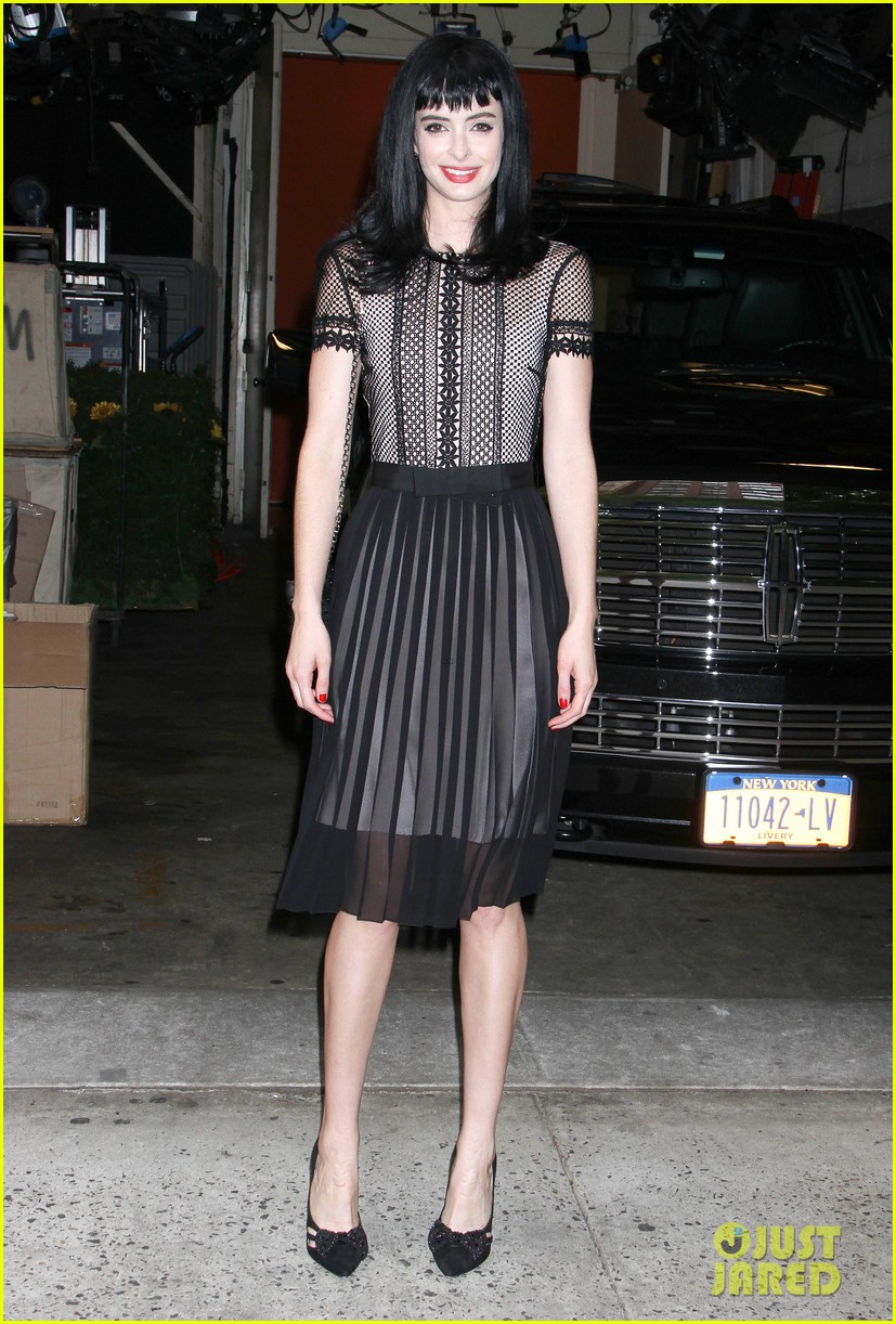 gerard butler krysten ritter live with kelly michael guests 052743517