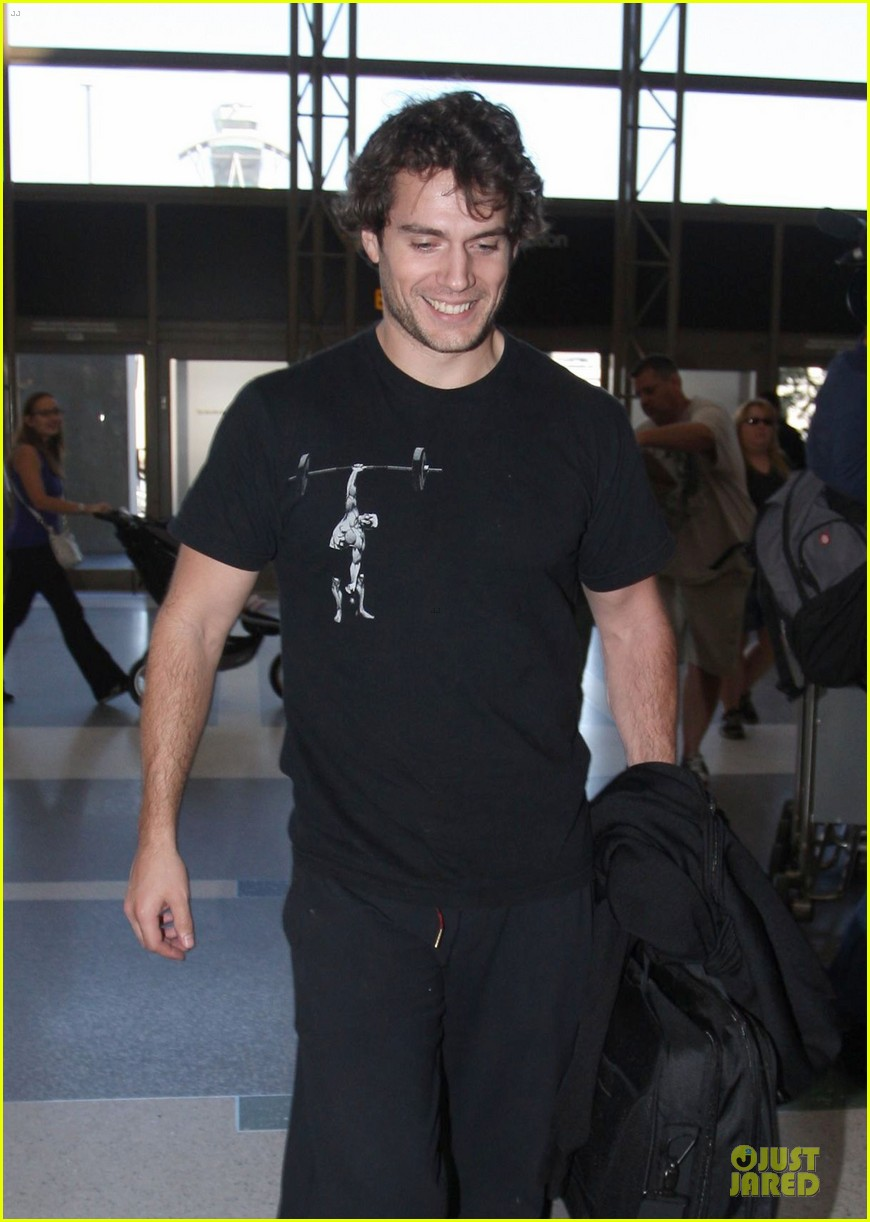 henry cavill is superman raves man of steel costar 092745745