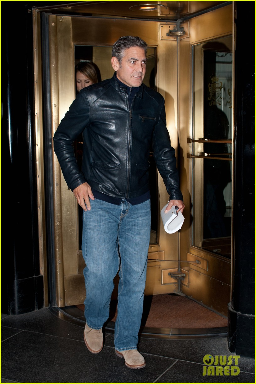 george clooney stacy keibler new york city duo 082735045