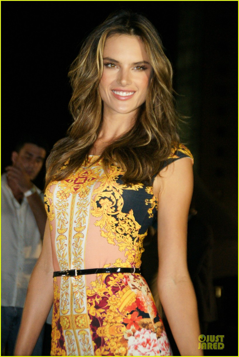 alessandra ambrosio colcci spring fall 2013 collection model 092748714
