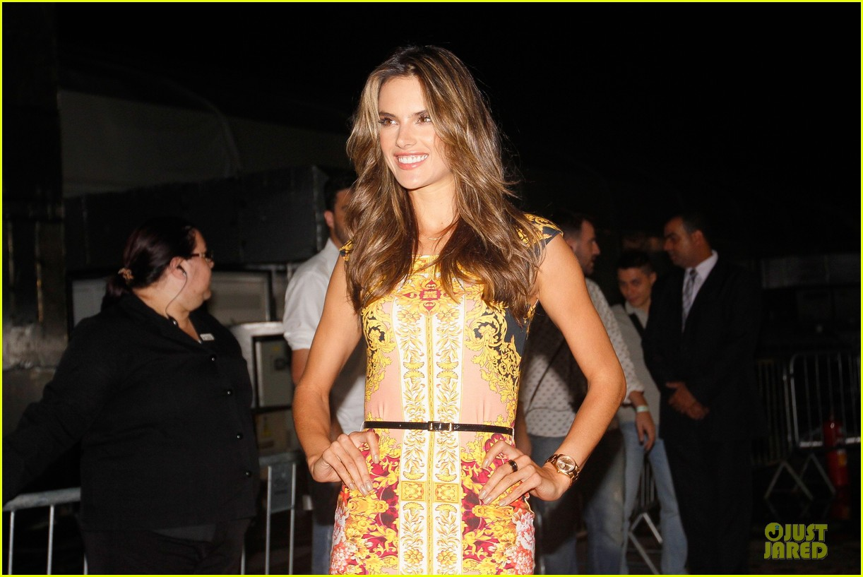 alessandra ambrosio colcci spring fall 2013 collection model 22
