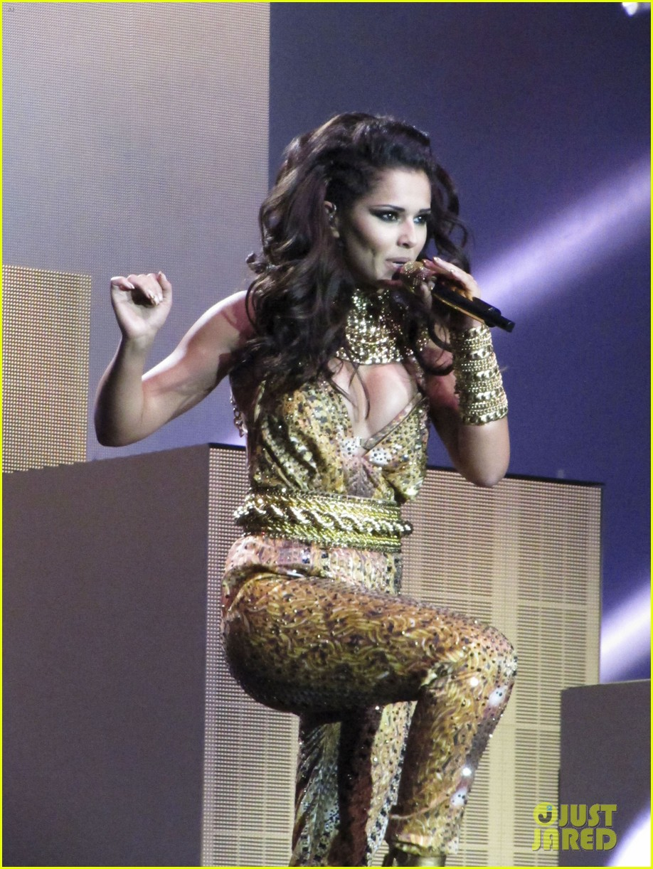 cheryl cole a million lights arena tour opening night 11