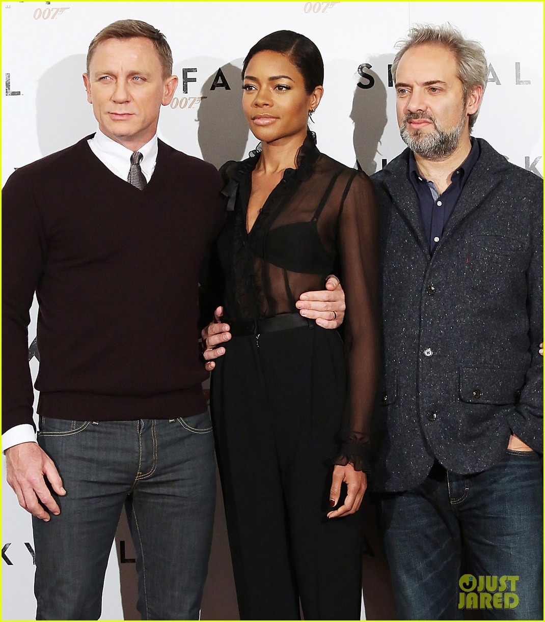 daniel craig names choice for next bond star 052745538