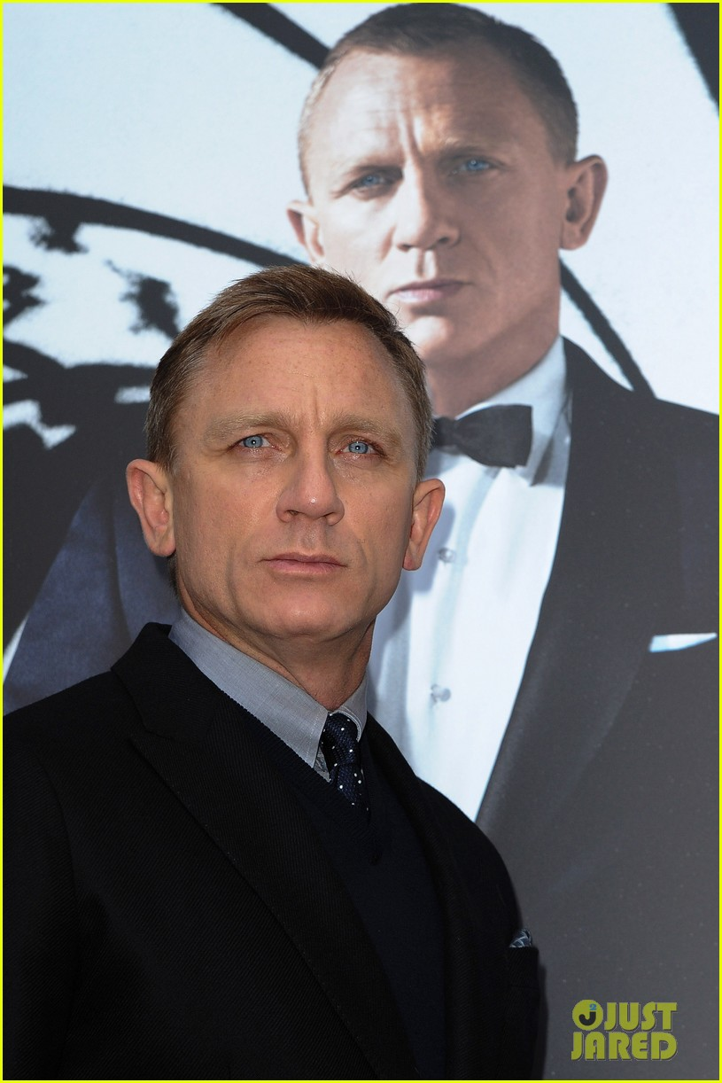 daniel craig skyfall paris photo call 022744756