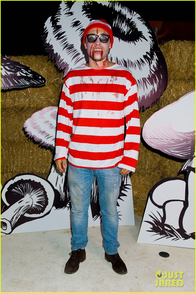 connor cruise just jared halloween party 2012 03