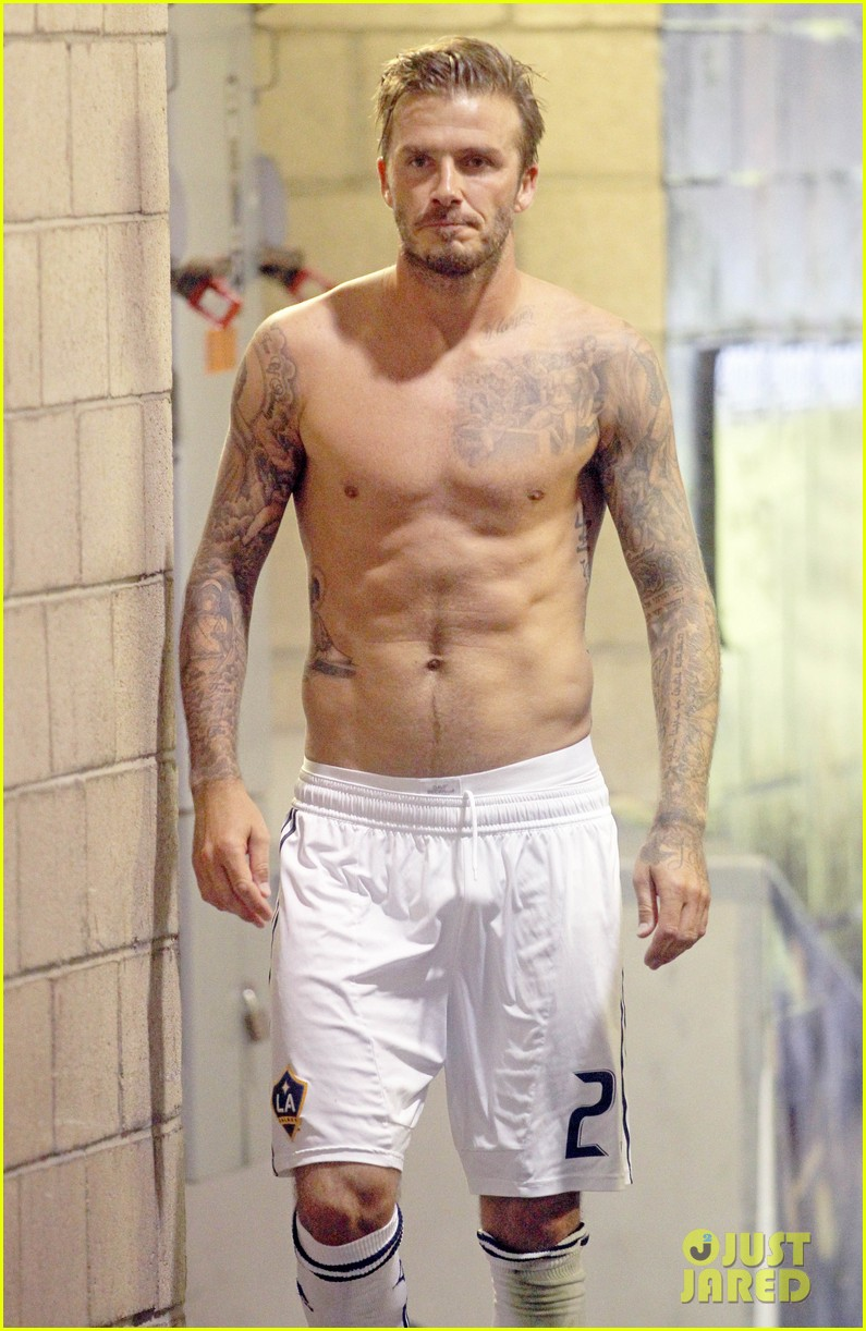 david beckham shirtless galaxy game 03