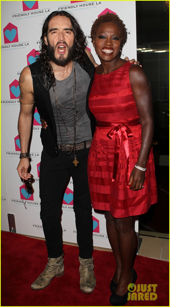 viola davis friendly house awards luncheon gala with russell brand 092746854
