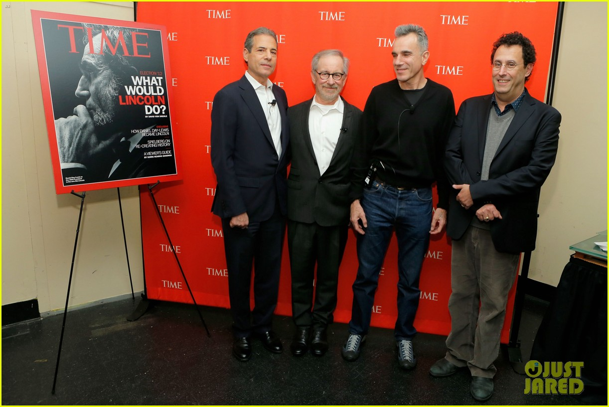 daniel day lewis steven spielberg lincoln screening 132745402