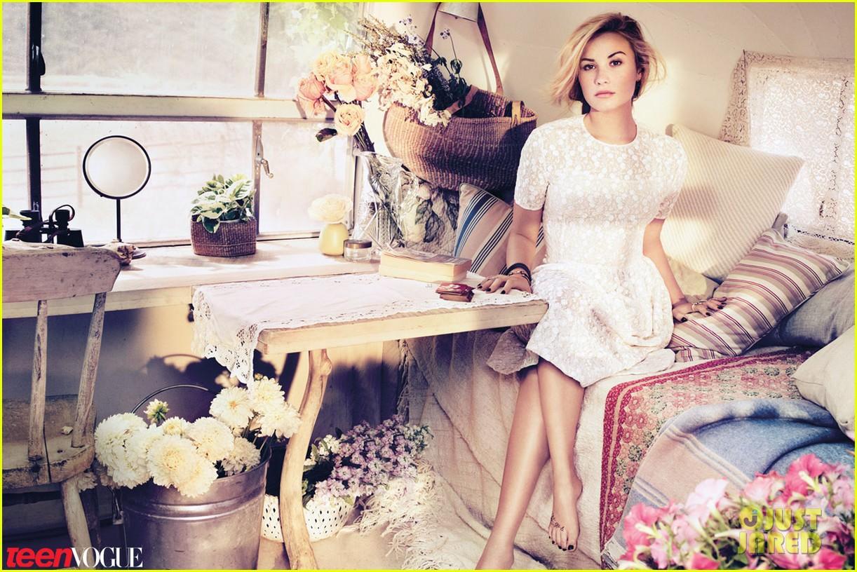 Demi Lovato Covers 'Teen Vogue' November 2012: Photo ...