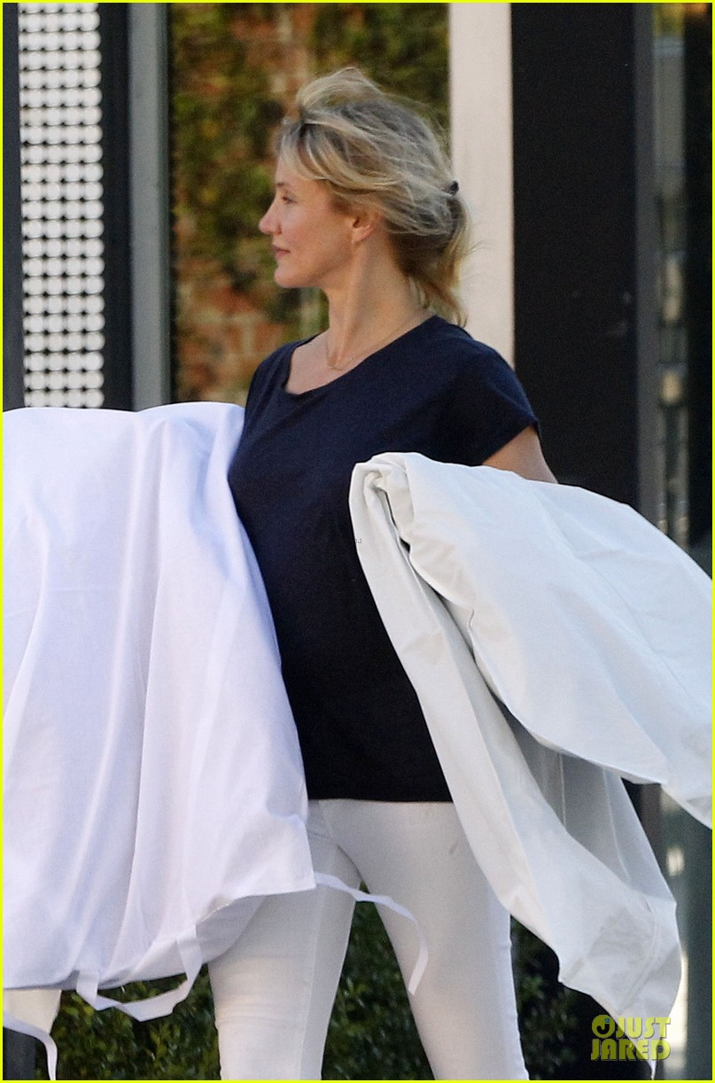 cameron diaz beverly hills shopping trip 102739368