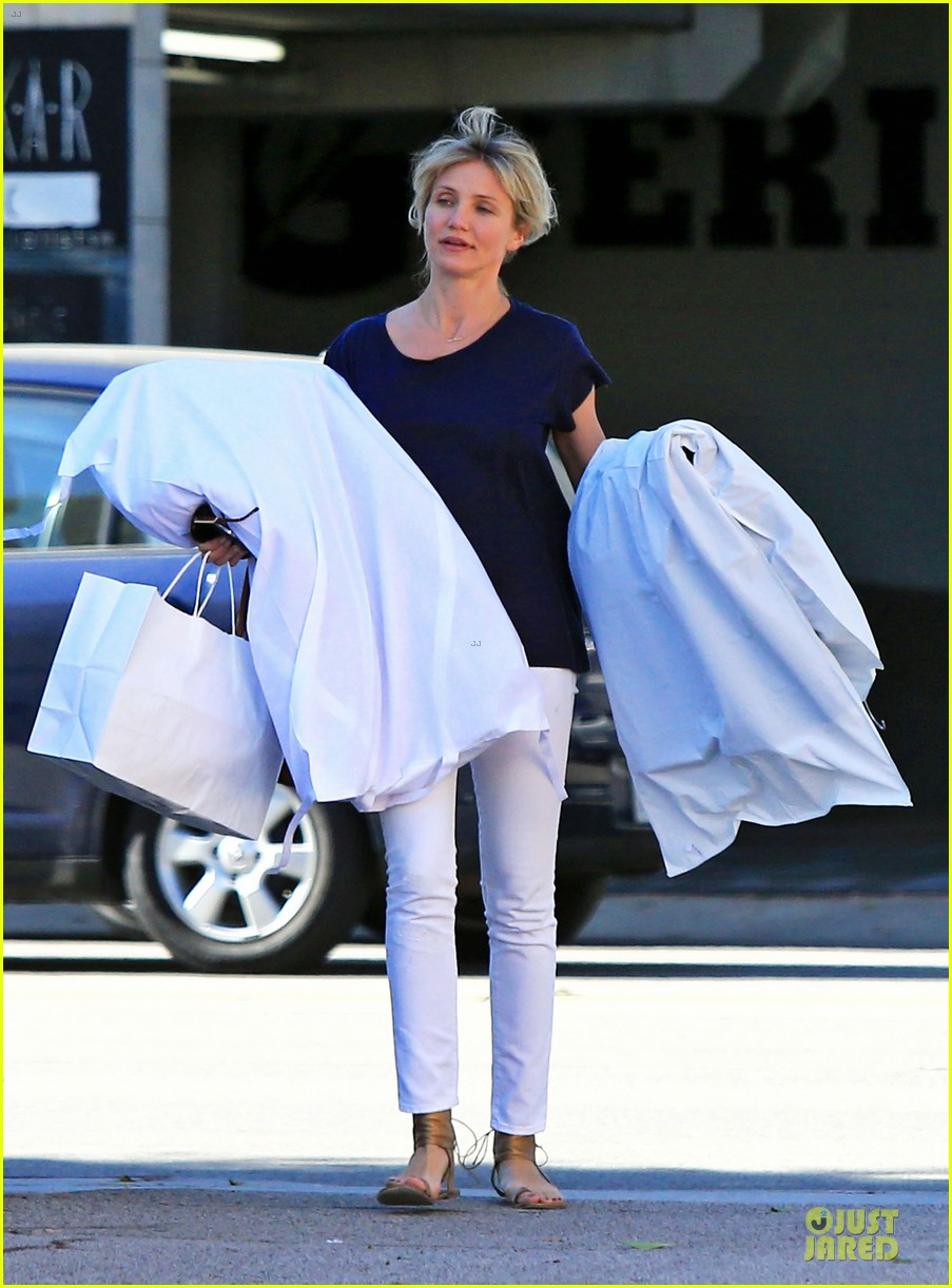 cameron diaz beverly hills shopping trip 132739371