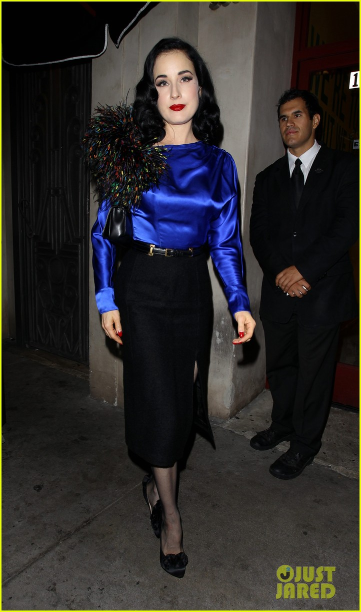 dita von teese prince sayers club performance 02