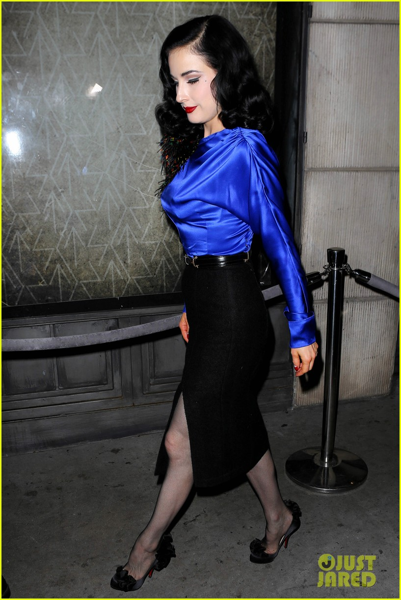 dita von teese prince sayers club performance 032744082