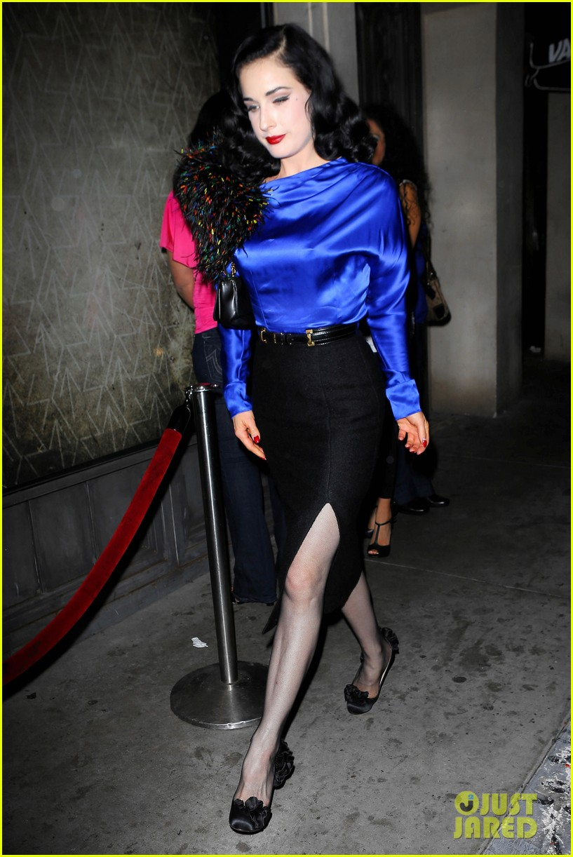 dita von teese prince sayers club performance 072744086