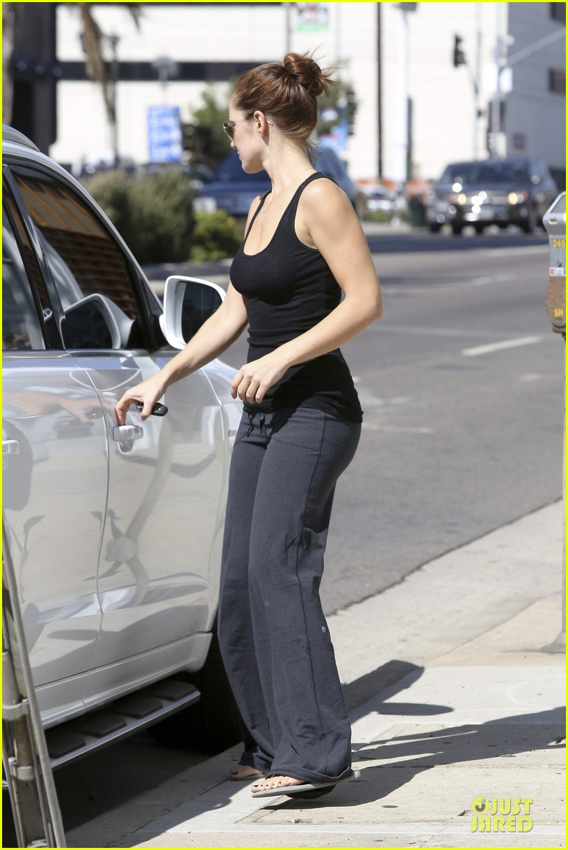 chris evans minka kelly drop off 282732010