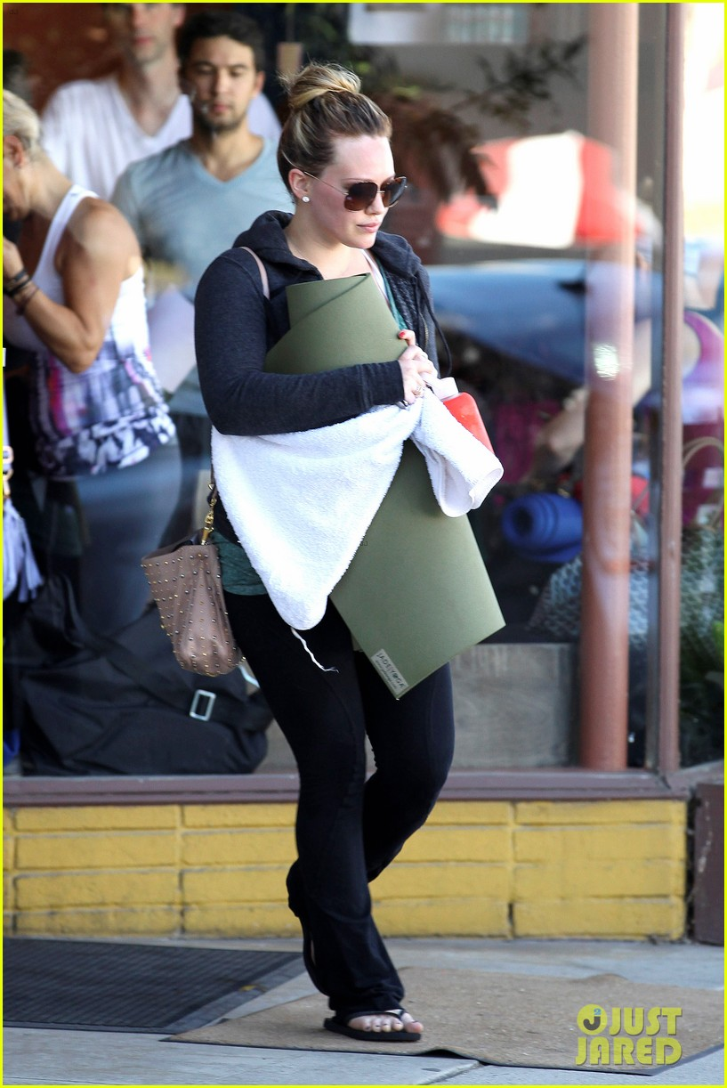 hilary duff mike comrie luca food shopping 052747018