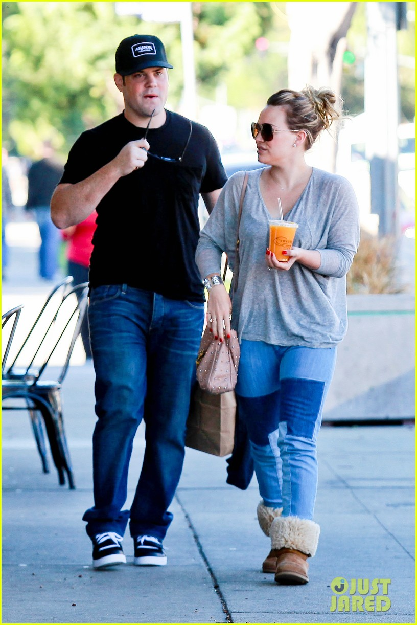 hilary duff mike comrie luca food shopping 222747035