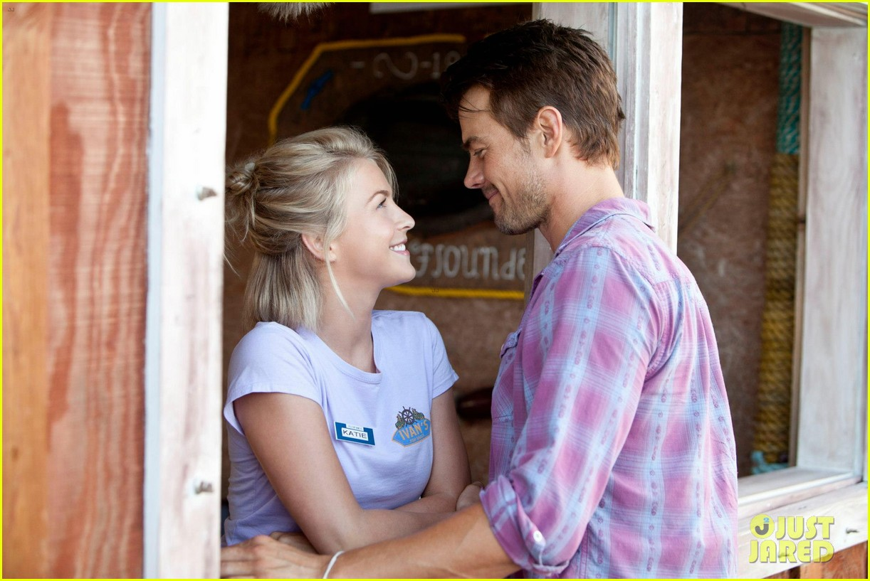 Josh Duhamel Julianne Hough Safe Haven Trailer Photo 2743861