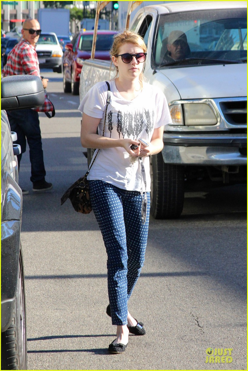 emma roberts promotes earth day 4 22 012748593