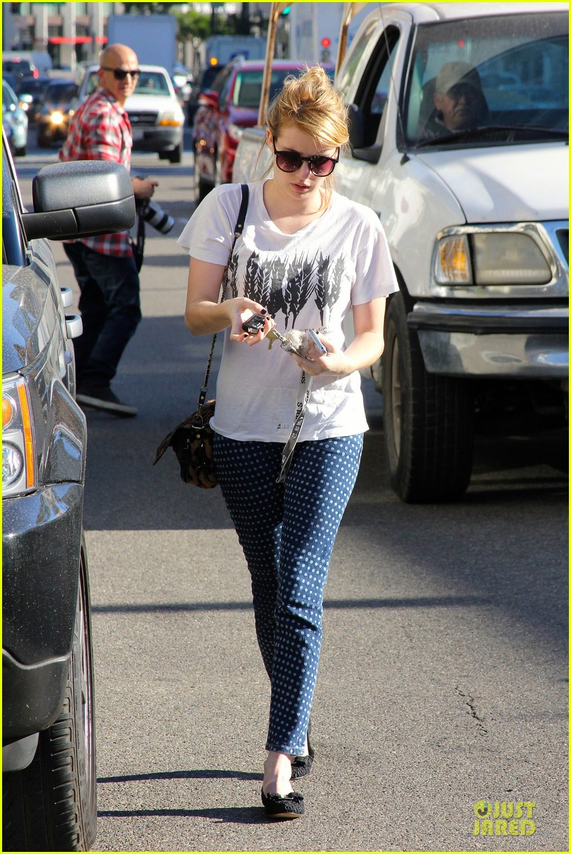emma roberts promotes earth day 4 22 142748606