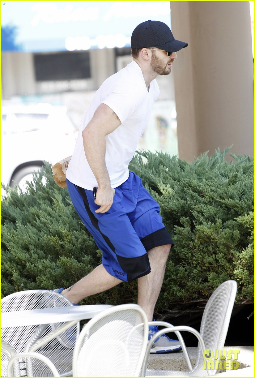 chris evans minka kelly separate lunch outings 162733108