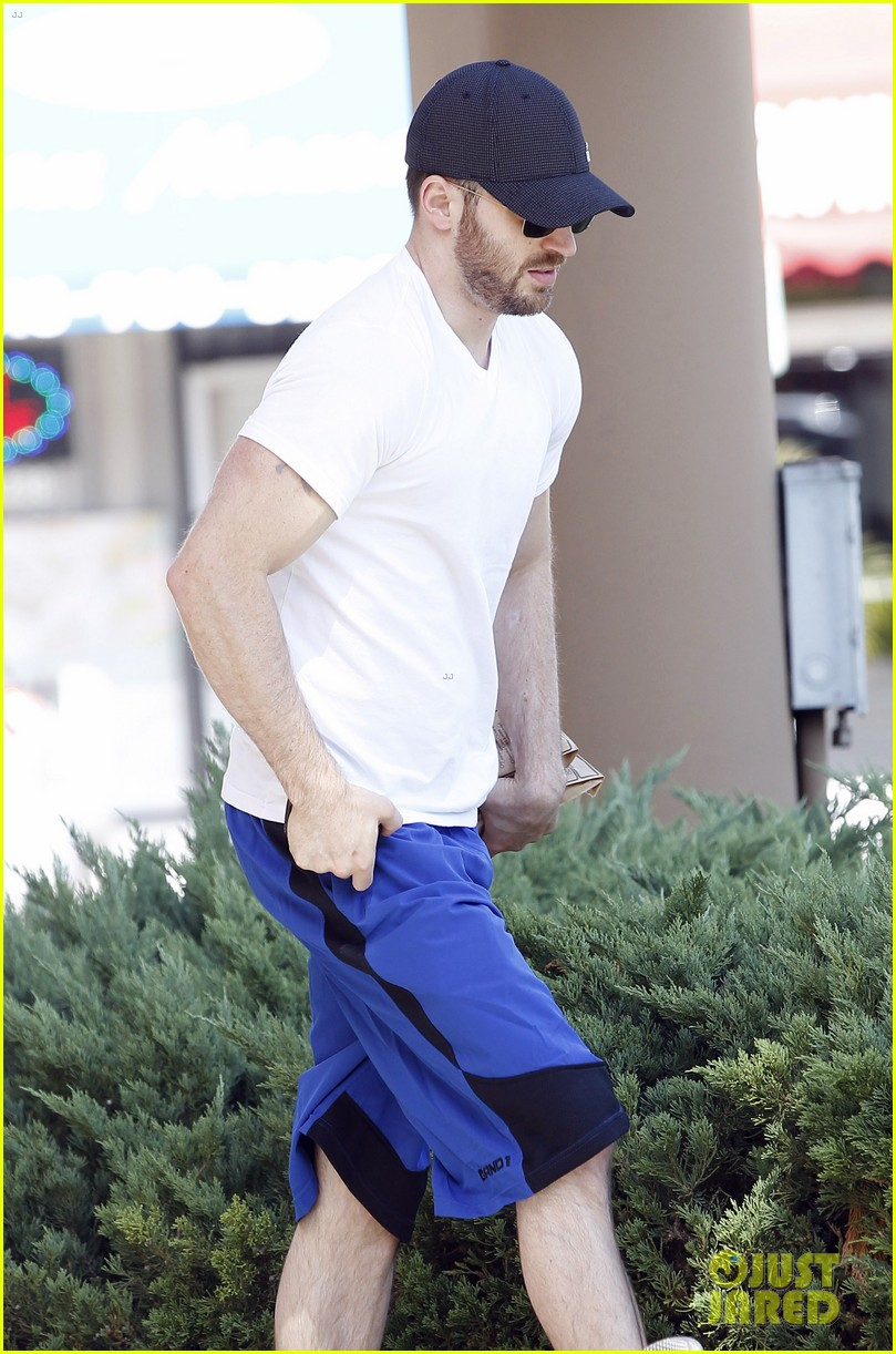 chris evans minka kelly separate lunch outings 172733109