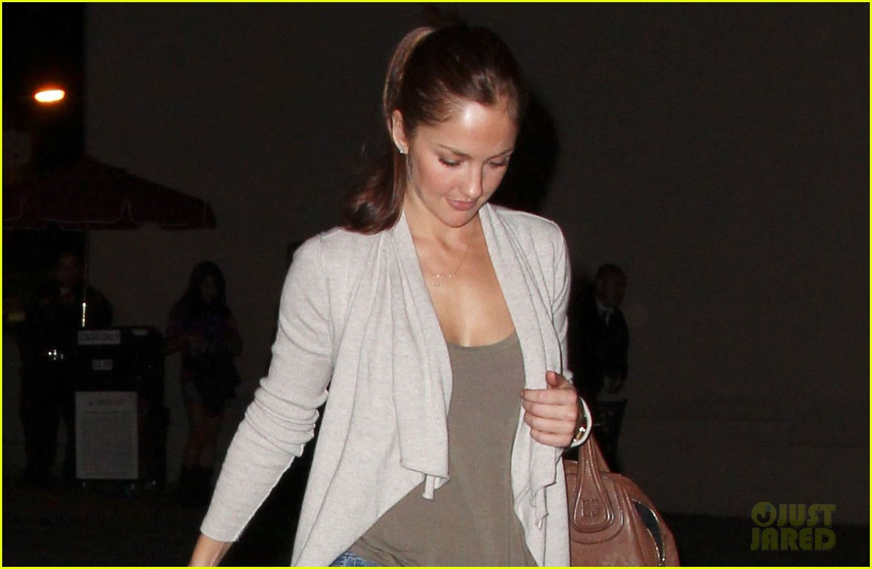 minka kelly chris evans casa vega dinner 032738581