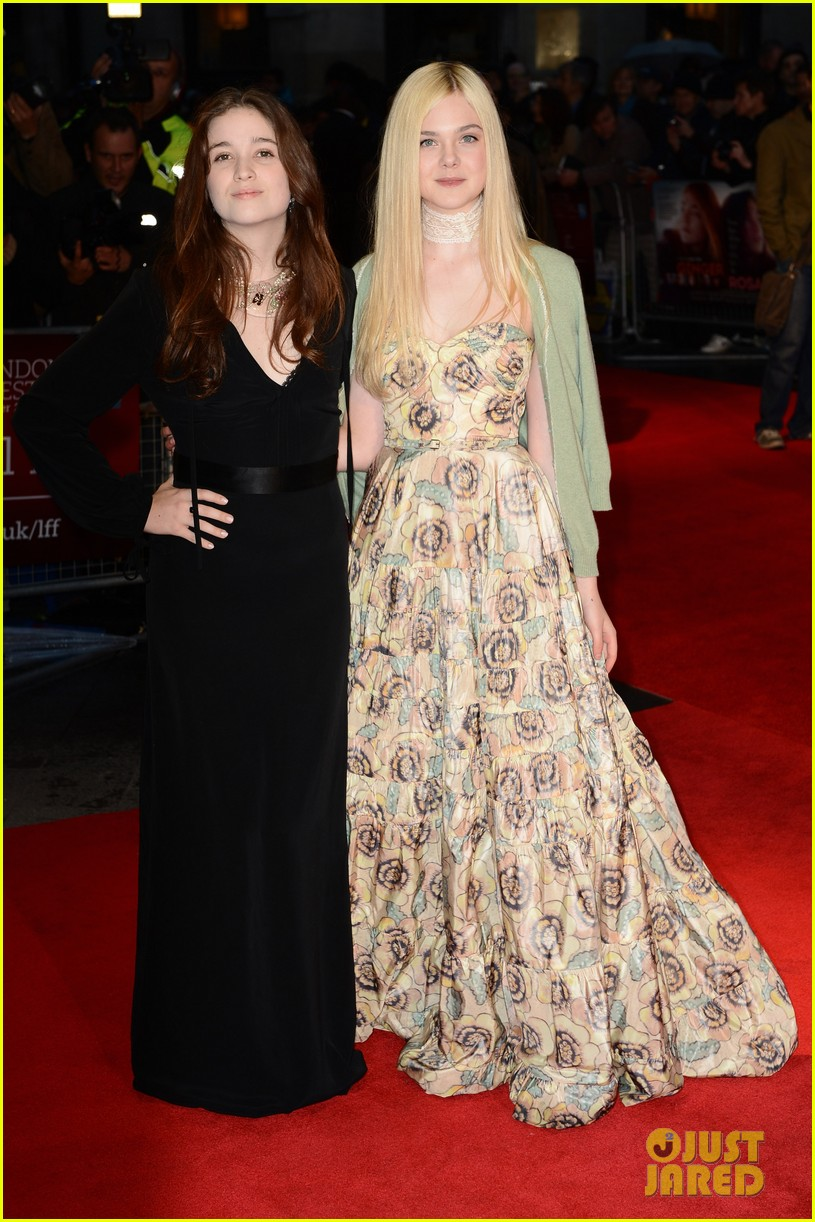 elle fanning ginger rosa london premiere 082737554