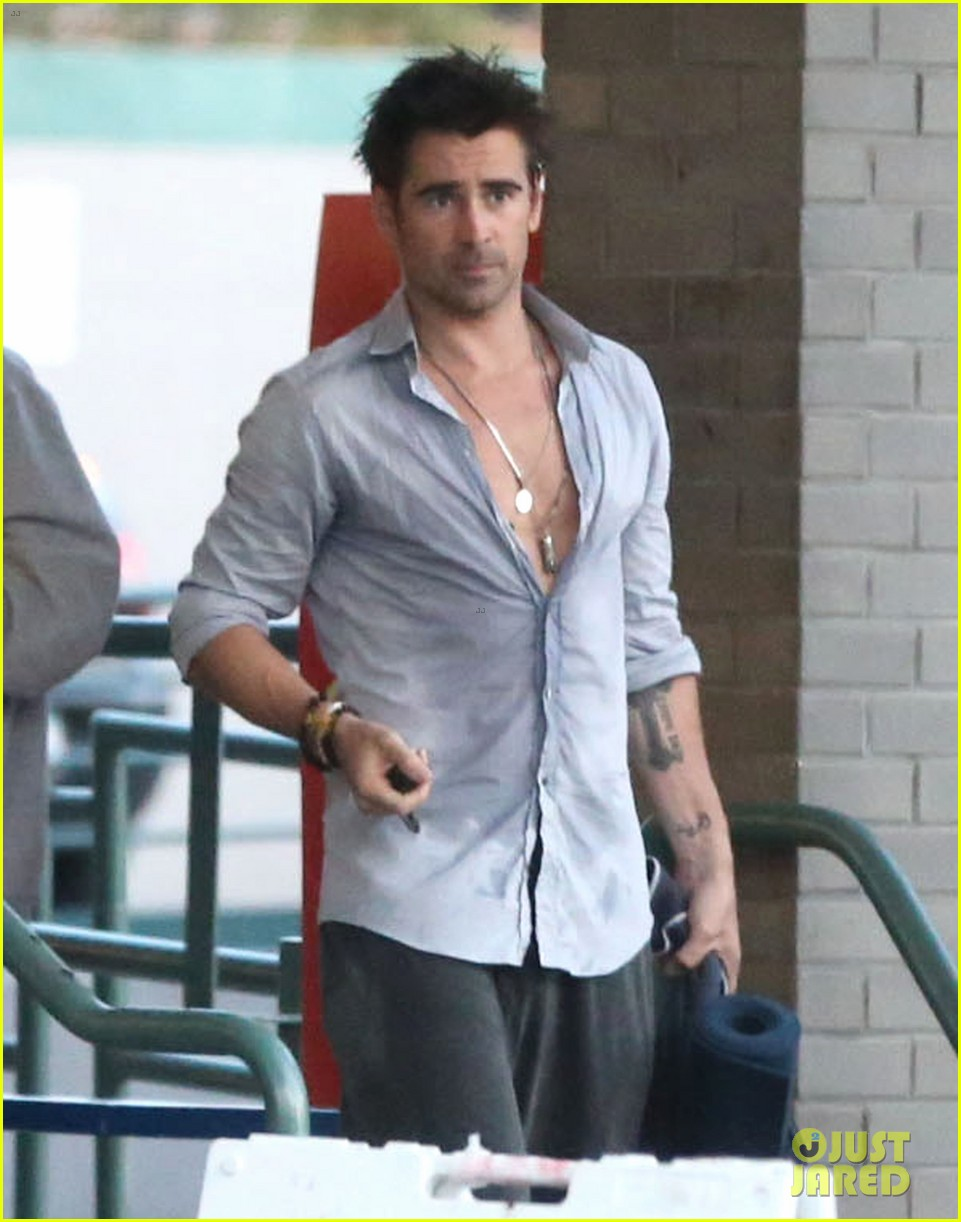 colin farrell sweaty saturday at the gym 04