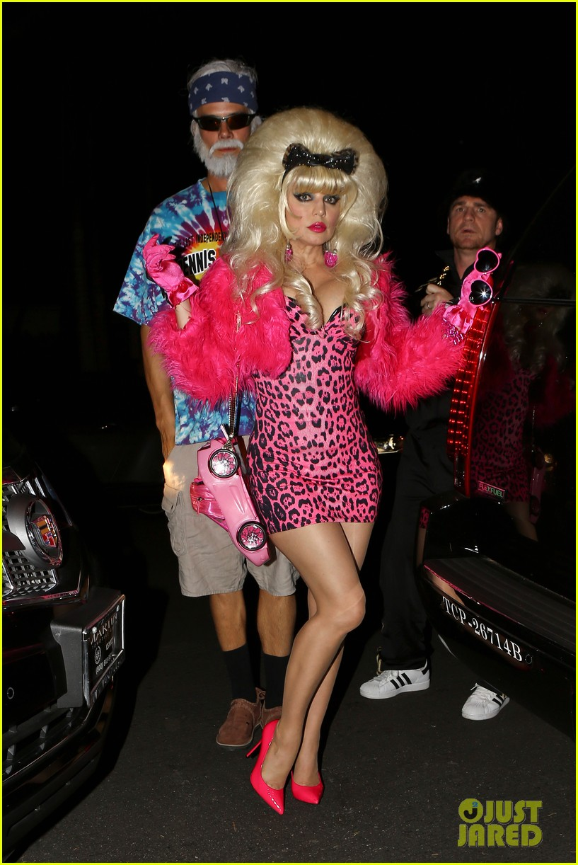 fergie angelyne halloween costume with josh duhamel 18