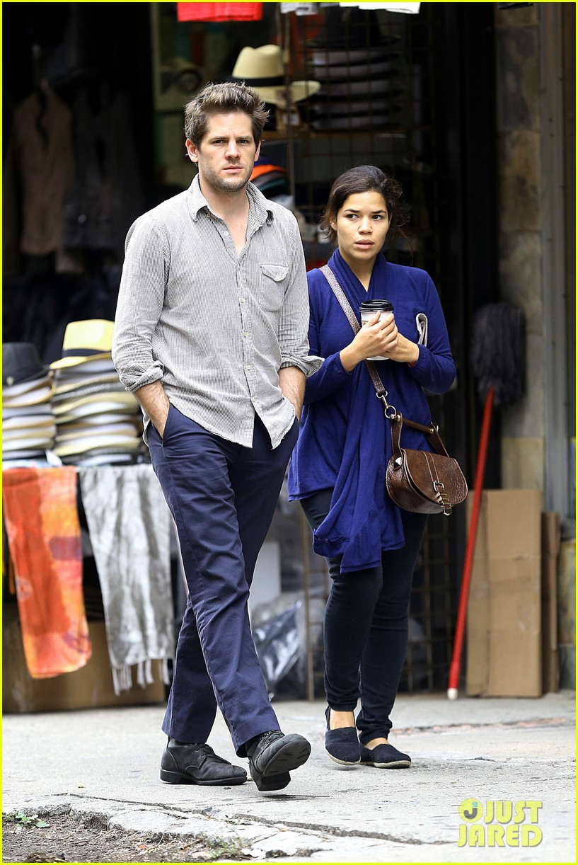 america ferrera ryan piers williams soho stroll 052731684