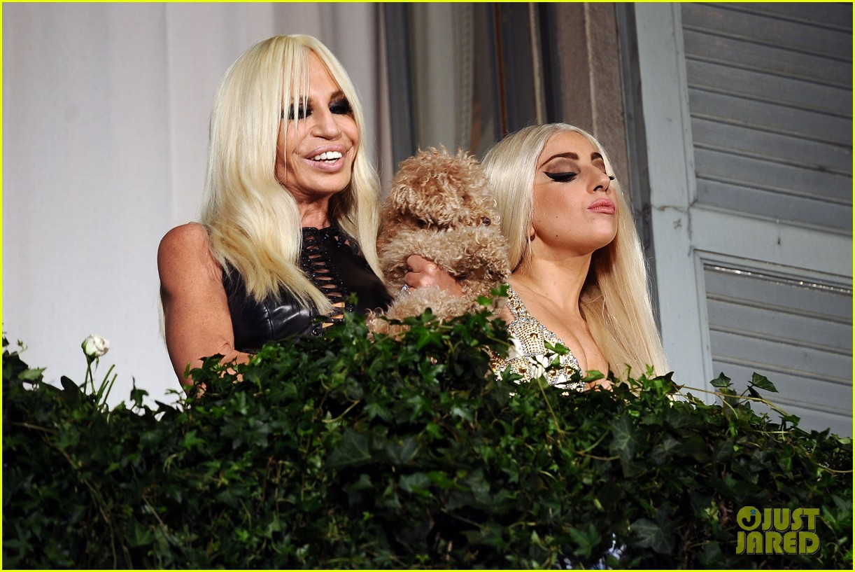 lady gaga donatella versace meet in milan 052731457