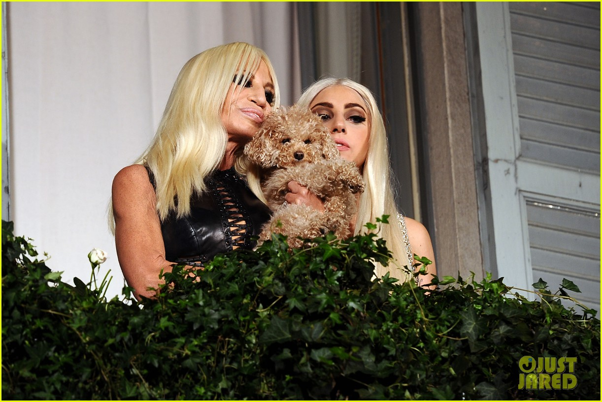 lady gaga donatella versace meet in milan 152731467