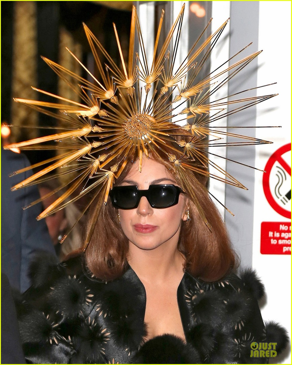 lady gaga loves seeing sunday strollers in love 022734747