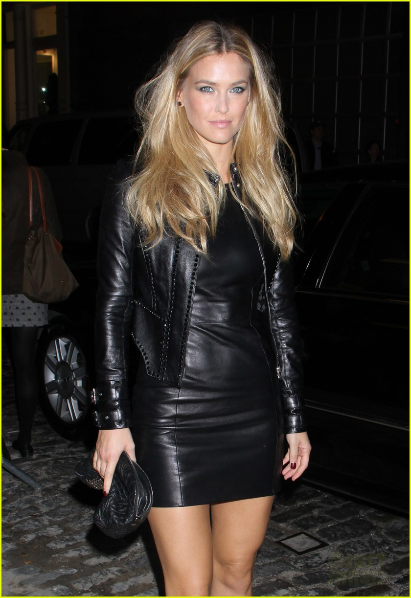 lady gaga bar refaeli versace soho store opening 19