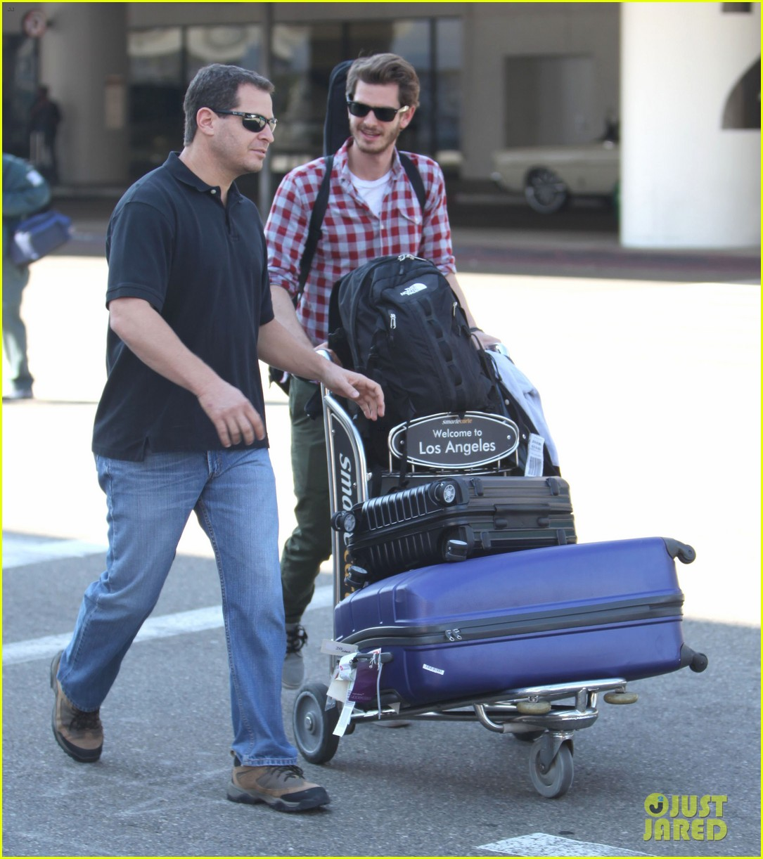 andrew garfield from london to lax 102731640