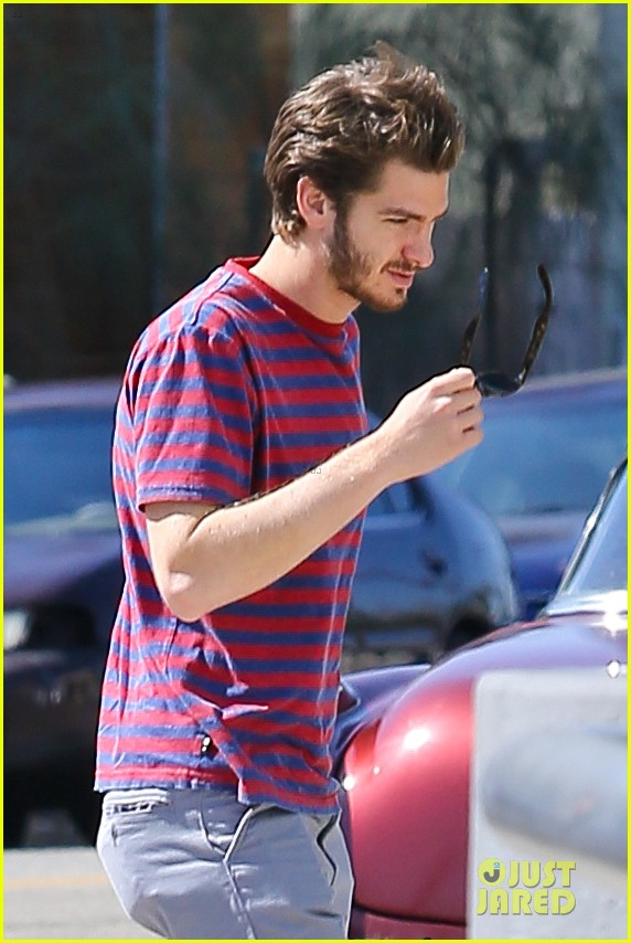 andrew garfield nautical sailing apparel shopping in venice 042732014