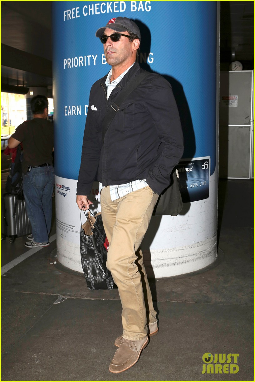 jon hamm back from hawaii 072746907
