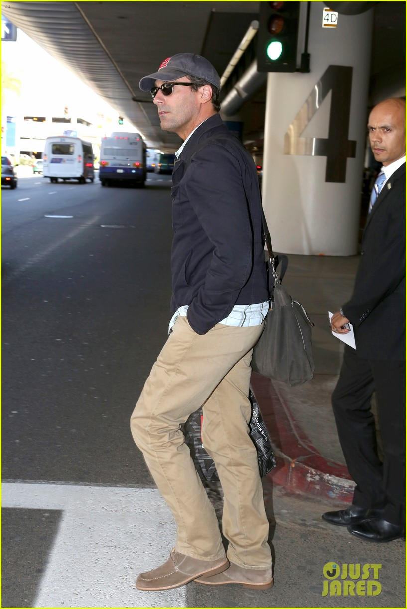 jon hamm back from hawaii 102746910
