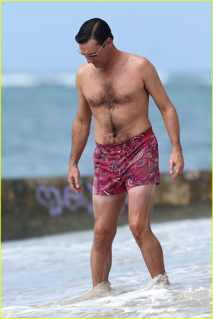 jon hamm shirtless mad men beach scenes in hawaii 052744468