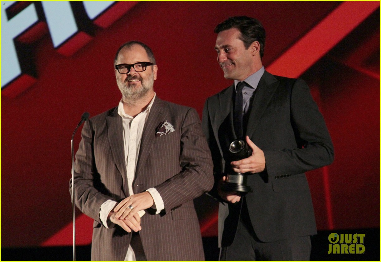 jon hamm 2012 key art awards presenter 012740263
