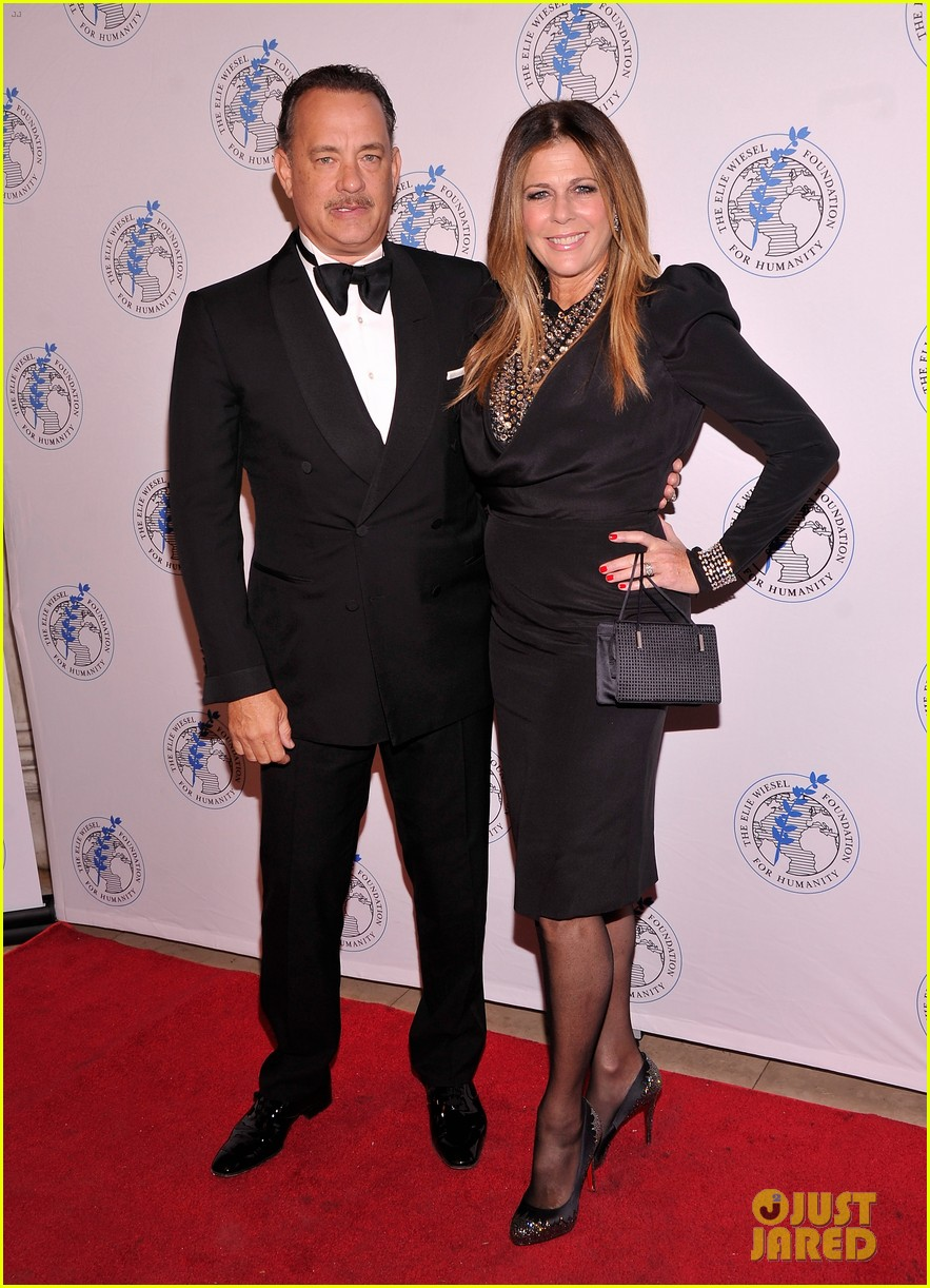 tom hanks arts for humanity gala with elie wiesel 01