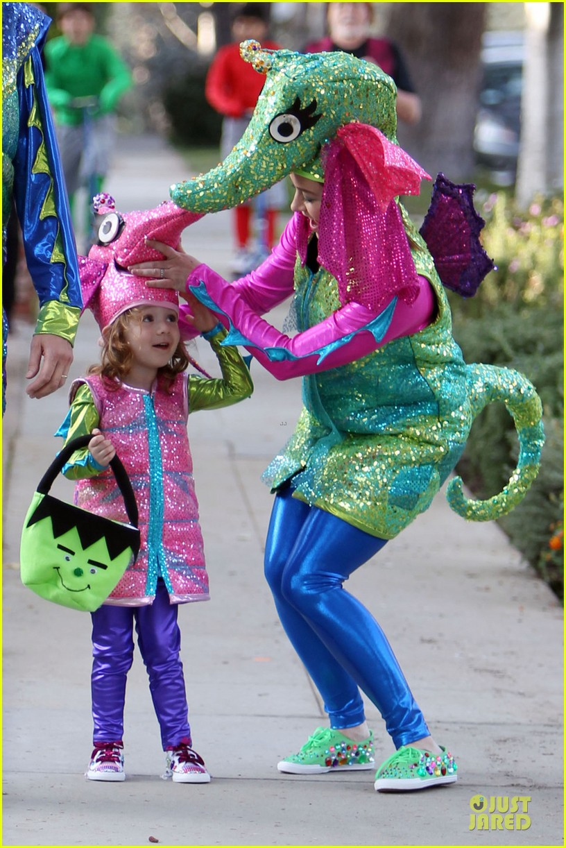 alyson hannigan alexis denisof seahorse halloween couple 032749047